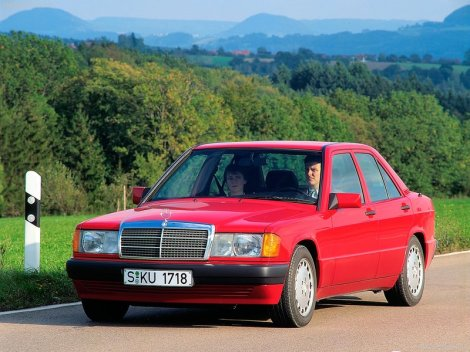 Mercedes-Benz-190E_1984_800x600_wallpaper_05